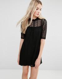 Кружевное цельнокройное платье с высокой горловиной Love & Other Things - Черный