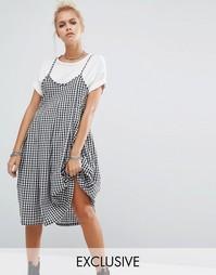 Платье в клеточку с бретельками и складками Milk It Vintage - Черный