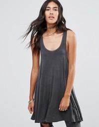 Свободное oversize‑платье со спинкой‑борцовкой NYTT Happy - Черный