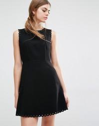 Платье со шнуровкой и фигурной отделкой по краю Suncoo - Черный