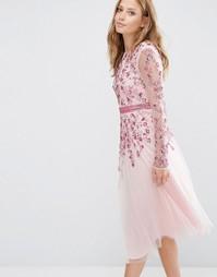 Приталенное платье макси со свободной юбкой и отделкой Maya - Розовый