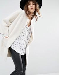 Двустороннее пальто из искусственной дубленки Suncoo Eden - Кремовый