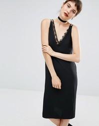 Черное платье с отделкой кружевом Miss Selfridge - Черный