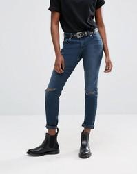 Темные рваные джинсы бойфренда из стираного денима ASOS Kimmi Shrunken - Синий