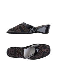 Домашние туфли Roccobarocco