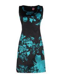 Короткое платье Fehu.