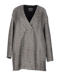 Пальто More BY Sistes