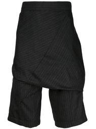 шорты в тонкую полоску с накладной панелью Thamanyah