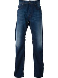 зауженные к низу джинсы Diesel