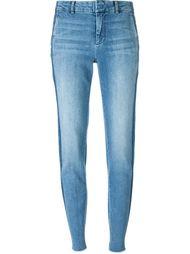 зауженные к низу джинсы Vince