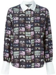 рубашка с принтом кассет  Carven