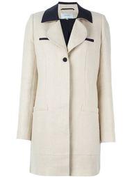 пальто с контрастным воротником Carven