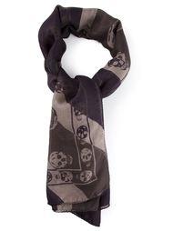 шарф в полоску с черепами Alexander McQueen