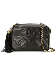сумка через плечо с тисненым логотипом Chanel Vintage