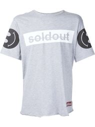 футболка 'Sold Out'  Sold Out Frvr
