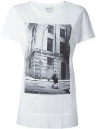 футболка с принтом '1994' DKNY