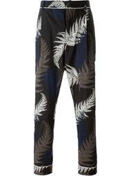 брюки с принтом Sacai