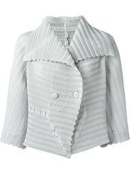 плиссированная двубортная куртка Issey Miyake