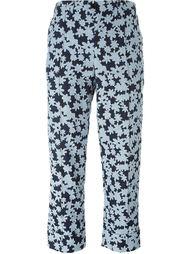 укороченные брюки с цветочным принтом Julien David