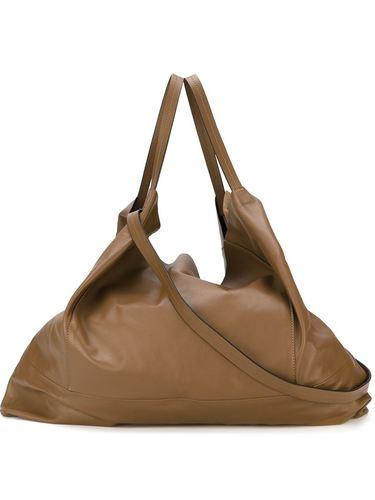 объемная сумка на плечо  Marni