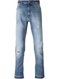 джинсы с потертой отделкой Closed