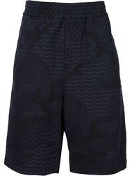 шорты с камуфляжным узором Neil Barrett