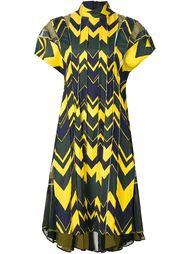 плиссированное платье А-образного силуэта Sacai