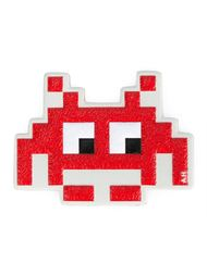 стикер 'Space Invaders'  Anya Hindmarch