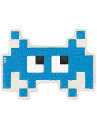 стикер 'Space Invader' Anya Hindmarch