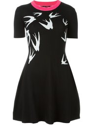 платье-скейтер с ласточками McQ Alexander McQueen