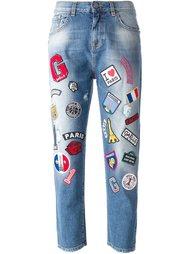 укороченные джинсы с нашивками  Gaelle Bonheur
