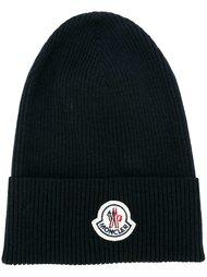 шапка в рубчик Moncler