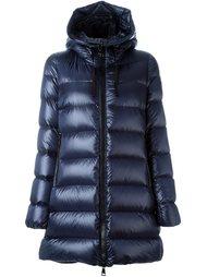 стеганое пальто-пуховик 'Suyen' Moncler