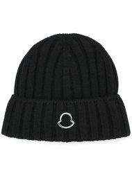 вязаная шапка с логотипом Moncler