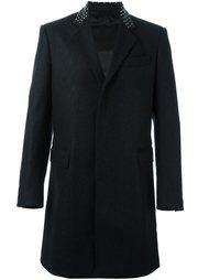 пальто с заклепками на воротнике Les Hommes