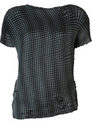 'Grid Pleats' T-shirt Issey Miyake