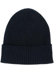 шапка ребристой вязки Closed