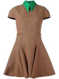 платье с короткими рукавами в клетку Delpozo