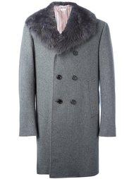 двубортное пальто с меховым воротником Thom Browne