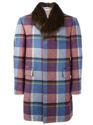 пальто  в клетку с меховой оторочкой Thom Browne