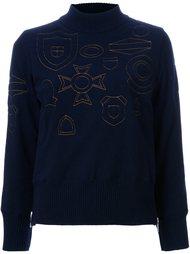 свитер с высокой горловиной и вышивкой Sacai