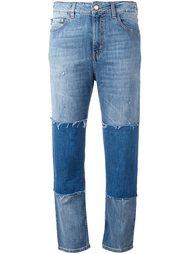 джинсы лоскутного кроя с бахромой Love Moschino