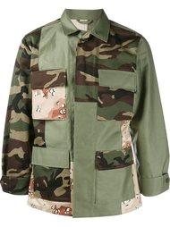 куртка с камуфляжным принтом Sophnet.
