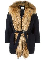 короткое пальто с поясом Ava Adore