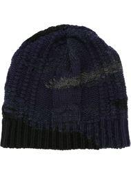 шапка вязки косичкой с камуфляжным узором Valentino