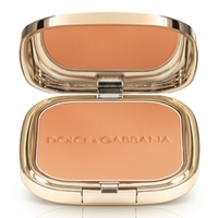 DOLCE & GABBANA MAKE UP Пудра с эффектом загара Glow Bronzing Powder 25 HONEY MATTE