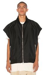 Куртка-бомбер без рукавов hero - Daniel Patrick