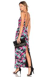 Макси платье с глубоким вырезом tropical - NBD