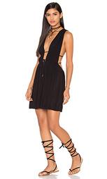 Платье с глубоким v-образным вырезом stellar - Indah