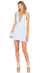Приталенное и расклешенное платье no secrets - NBD